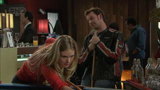 Elle Robinson, Lucas Fitzgerald in Neighbours Episode 5590
