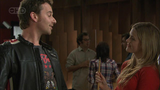Lucas Fitzgerald, Elle Robinson in Neighbours Episode 5590