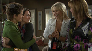 Susan Kennedy, Libby Kennedy, Steph Scully, Miranda Parker in Neighbours Episode 5591