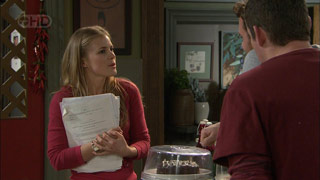 Elle Robinson, Toadie Rebecchi in Neighbours Episode 5591