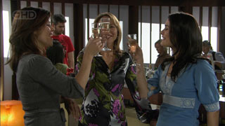 Rebecca Napier, Miranda Parker, Carmella Cammeniti in Neighbours Episode 5591