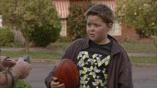 Callum Jones in Neighbours Episode 5592