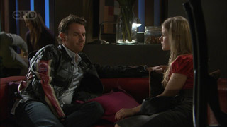 Lucas Fitzgerald, Elle Robinson in Neighbours Episode 5593