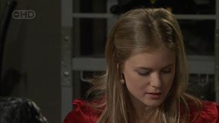 Elle Robinson in Neighbours Episode 5593