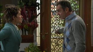 Susan Kennedy, Karl Kennedy in Neighbours Episode 5594