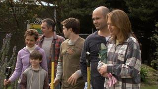 Susan Kennedy, Ben Kirk, Karl Kennedy, Declan Napier, Steve Parker, Miranda Parker in Neighbours Episode 5596