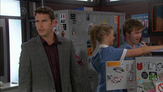 Andrew Simpson, Donna Freedman, Ringo Brown in Neighbours Episode 5598