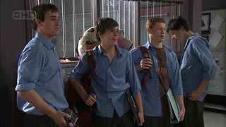 Kyle Canning, Zeke Kinski, Justin Hunter in Neighbours Episode 5598