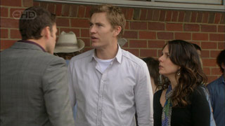 Andrew Simpson, Dan Fitzgerald, Libby Kennedy in Neighbours Episode 5598