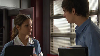 Rachel Kinski, Zeke Kinski in Neighbours Episode 5598