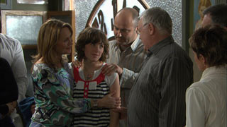 Miranda Parker, Bridget Parker, Steve Parker, Harold Bishop, Susan Kennedy in Neighbours Episode 5598