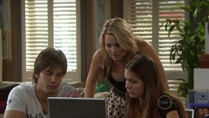 Ty Harper, Donna Freedman, Rachel Kinski in Neighbours Episode 5599