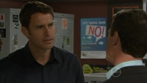 Andrew Simpson, Paul Robinson in Neighbours Episode 5600