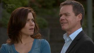 Rebecca Napier, Paul Robinson in Neighbours Episode 5601