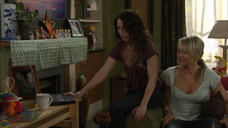 Libby Kennedy, Steph Scully in Neighbours Episode 5603
