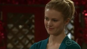 Elle Robinson in Neighbours Episode 5605