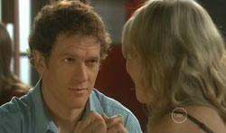 Greg Michaels, Steph Scully in Neighbours Episode 5616