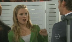 Elle Robinson, Lucas Fitzgerald in Neighbours Episode 5617