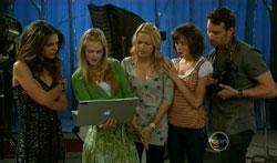 Rachel Kinski, Elle Robinson, Donna Freedman, Bridget Parker, Lucas Fitzgerald in Neighbours Episode 5618