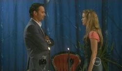 Lucas Fitzgerald, Elle Robinson in Neighbours Episode 5619