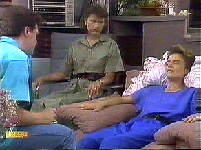 Paul Robinson, Beverly Marshall, Gail Robinson in Neighbours Episode 0686