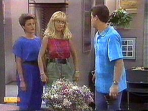 Gail Robinson, Jane Harris, Paul Robinson in Neighbours Episode 0686