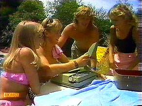 Jane Harris, Scott Robinson, Henry Ramsay, Charlene Mitchell in Neighbours Episode 0687