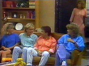 Charlene Mitchell, Scott Robinson, Tony Romeo, Henry Ramsay, Madge Bishop in Neighbours Episode 0687