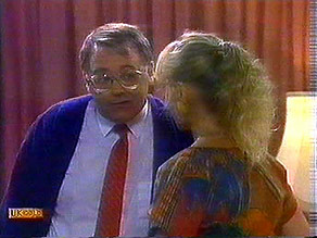 Harold Bishop, Jane Harris in Neighbours Episode 0687