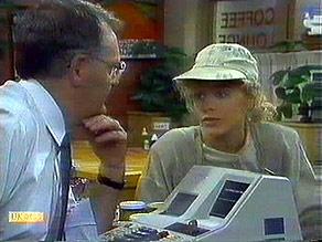 Harold Bishop, Charlene Robinson in Neighbours Episode 0688