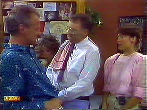 Jim Robinson, Harold Bishop, Beverly Marshall in Neighbours Episode 0689