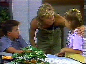 Todd Landers, Scott Robinson, Katie Landers in Neighbours Episode 0689