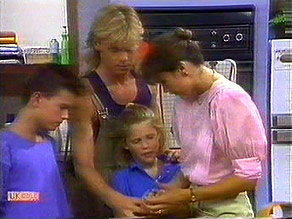 Todd Landers, Scott Robinson, Katie Landers, Beverly Marshall in Neighbours Episode 0689