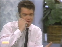 Paul Robinson  in Neighbours Episode 0951