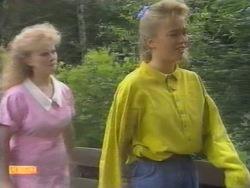 Sharon Davies, Bronwyn Davies in Neighbours Episode 0951