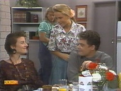 Gail Robinson, Henry Ramsay, Bronwyn Davies, Paul Robinson in Neighbours Episode 0952
