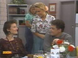 Gail Robinson, Henry Ramsay, Bronwyn Davies, Paul Robinson in Neighbours Episode 0952