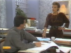 Paul Robinson, Gail Robinson in Neighbours Episode 0952
