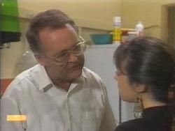 Harold Bishop, Kerry Bishop in Neighbours Episode 0952