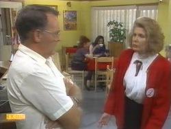 Harold Bishop, Madge Bishop in Neighbours Episode 0952