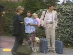 Jane Harris, Kerry Bishop, Sky Mangel, Joe Mangel in Neighbours Episode 0953
