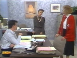Paul Robinson, Gail Robinson, Madge Bishop in Neighbours Episode 0954