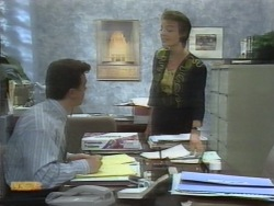 Paul Robinson, Gail Robinson in Neighbours Episode 0956