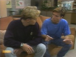 Scott Robinson, Mike Young in Neighbours Episode 0956