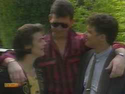 Gail Robinson, Des Clarke, Paul Robinson in Neighbours Episode 0956