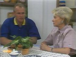Jim Robinson, Helen Daniels in Neighbours Episode 0957
