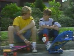 Scott Robinson, Todd Landers in Neighbours Episode 0957