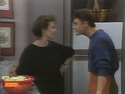 Gail Robinson, Paul Robinson in Neighbours Episode 0958