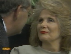 Harold Bishop, Madge Bishop in Neighbours Episode 0959