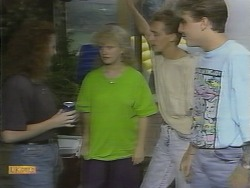 Sharon Davies, Nick Page in Neighbours Episode 0959